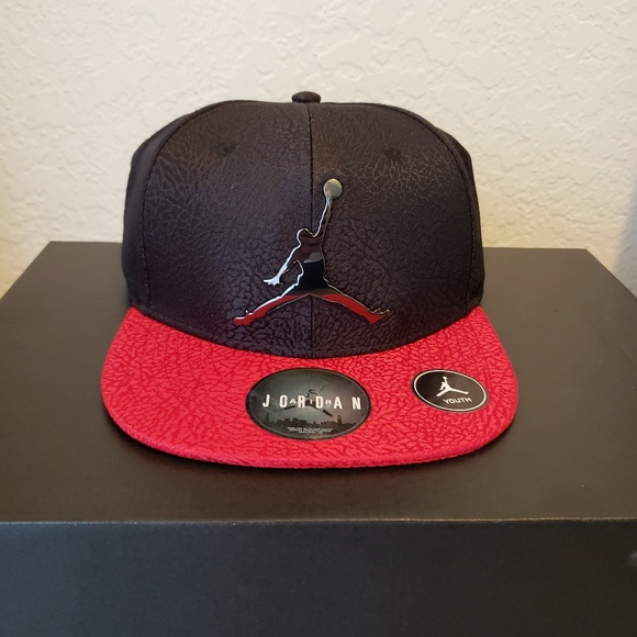 8bff9502d4da1d New Jordan Trucker Hat Bred Youth